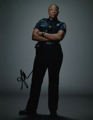 Aisha Hinds 9-1-1 signed 10x8 photo AFTAL & UACC + Full Signing Details [16230]