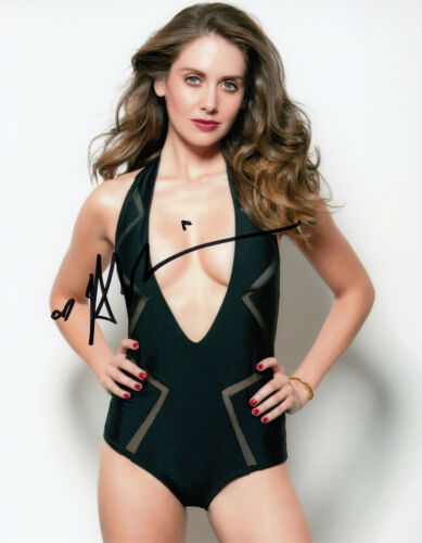 Alison Brie HOT SEXY signed 10x8 photo AFTAL & UACC [16696] Signing Details COA