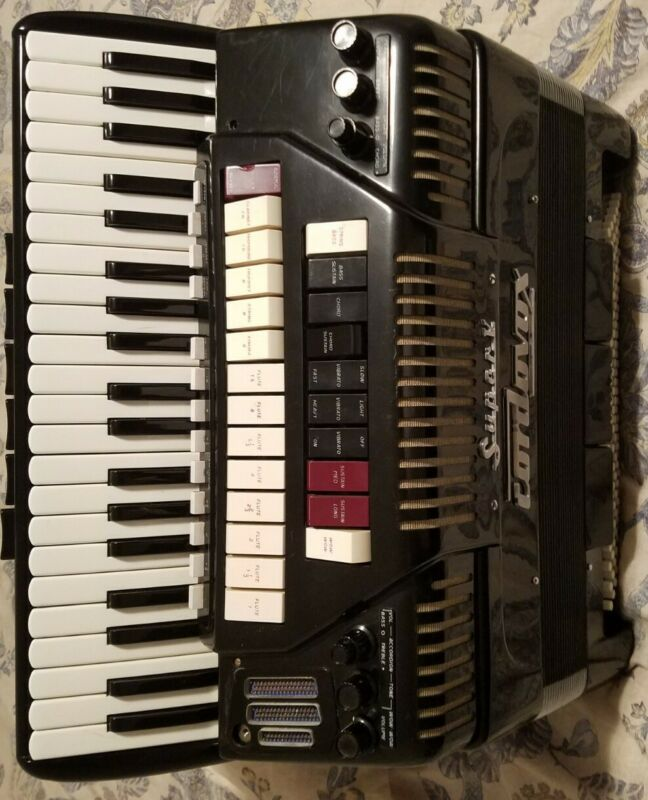 Accordion Cordovox cg5 Hand Made.skandali Reeds.ex.condition Double Tone chamber