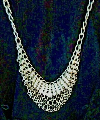 H & M Faux Womens Rhinestone Necklace NWT