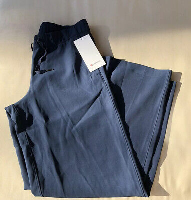 NWT Lululemon Size 8 On The Fly Wide Leg *Woven Pant TRNV True Navy Blue $118