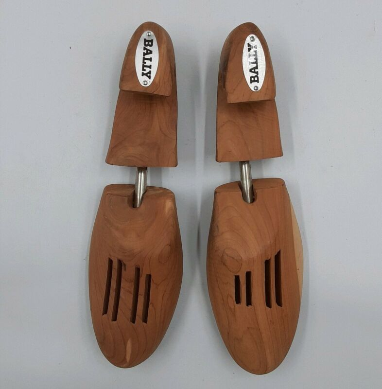 BALLY medium wooden SHOE TREES keepers - Brown Expanding wood