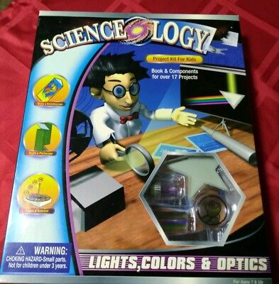 SCIENCEOLOGY PROJECT KIT FOR KIDS 17 PROJECTS LIGHT, COLORS & OPTICS (Optics For Kids)