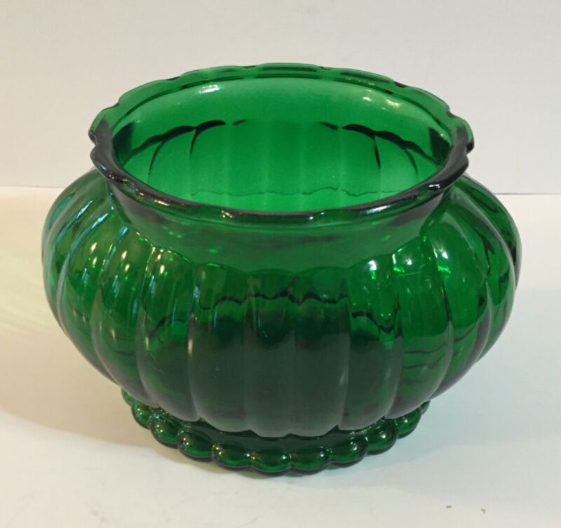 Vintage ALR Co Emerald Green Glass Ribbed Oval Vase Planter Bowl Scalloped