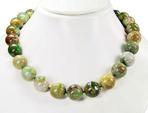 LUSSO-Collana-in-pietre-preziose-in-verde-opale-in-forma-a-sfera-D-16-mm