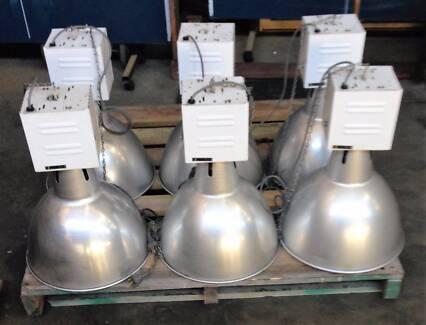 LIGHTS INDUSTRIAL 28 x 450mm 400 W PIERLITE LAMPS Warehouse/Farm
