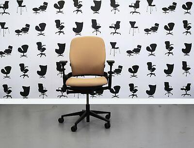 Refurbished Steelcase Leap V2 Chair - Sandstorm Yp107