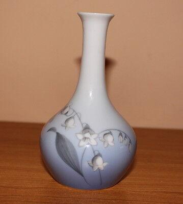 Bing & Gröndahl Vase Blumenmotiv ca. 13 cm E.C / 57/143 gestempelt