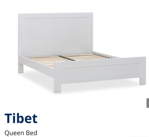 Tibet queen bed x-display Waterford West Logan Area Preview