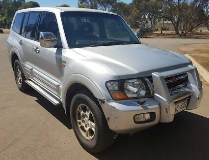 2001 MITSUBISHI PAJERO EXCEED 4X4 LEATHER TOW BAR SAVE $$$ HAIL Adelaide CBD Adelaide City Preview