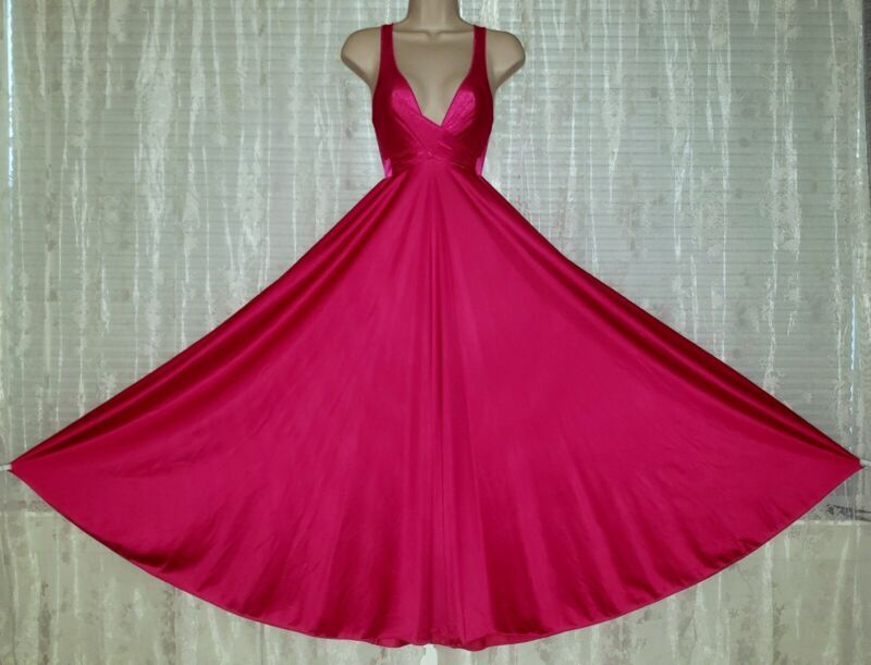 Vtg Pink Sweeping OLGA Nylon Nightgown Gown Negligee 92400 M L