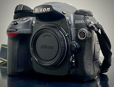 Nikon D200 SLR Digital Camera - Body Only