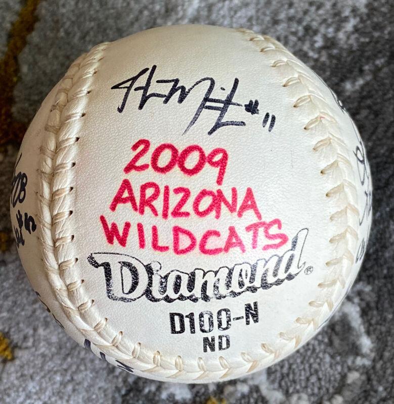 2009 Arizona Wildcats⚾️Team autograph softball