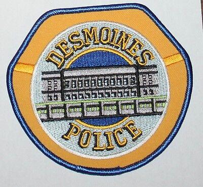 Older DES MOINES POLICE DEPT Iowa Capital City PD IA Capitol Building patch