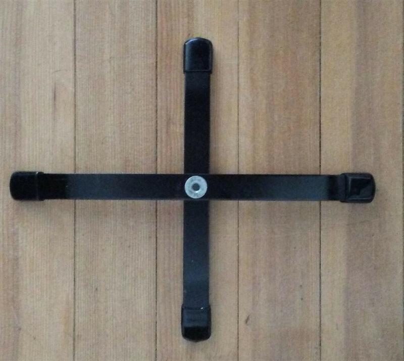 Hamilton KB1PB Single Peg Accessory Base for Clarinet, brand new! (base only)