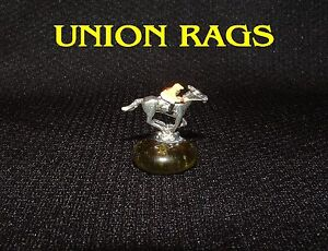 NEW UNION RAGS MINIATURE FIGURINE BELMONT STAKES HORSE RACING JOCKEY SILKS