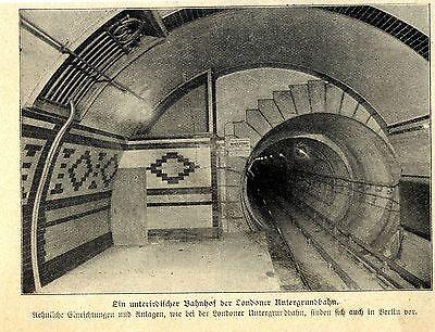 Bahnhof der Londoner U-Bahn Historische Aufnahme von 1906