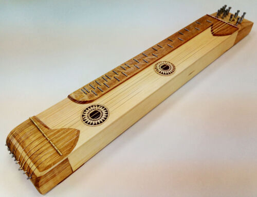 Practising Hungarian Zither (citera) for practitioners