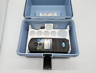 Hach Pocket Colorimeter Ii 58700-12 Chlorine Ph Test Kit Ci2ph