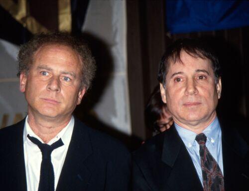 Simon & Garfunkel -  MUSIC PHOTO #5