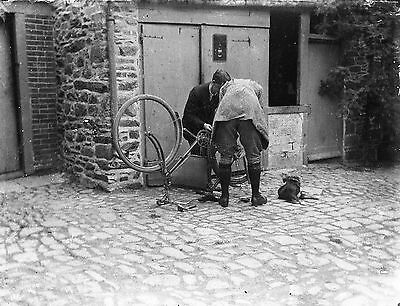 AMSTERDAM Bicycle Repair Antique Photographic Glass Negative (Holland Cycling)