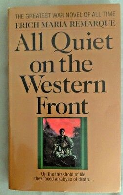 ALL QUIET ON THE WESTERN FRONT by Erich Maria Remarque 1982 paperback WWI Novel