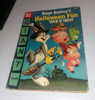 Bugs Bunny Halloween Movie (BUGS BUNNY HALLOWEEN FUN DELL GIANT #4 GOLDEN AGE 1956 LOONEY TUNES COMICS)