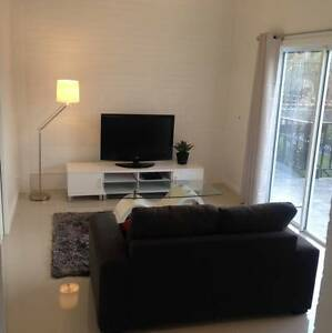 Next to Uni & Sydney turn off, Luxurious, Self Contained, Private Balgownie Wollongong Area Preview