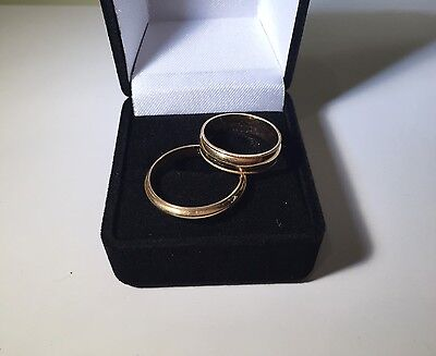 14k Yellow Gold His and Her Wedding Band Ring Set Size 10.75 and 7
