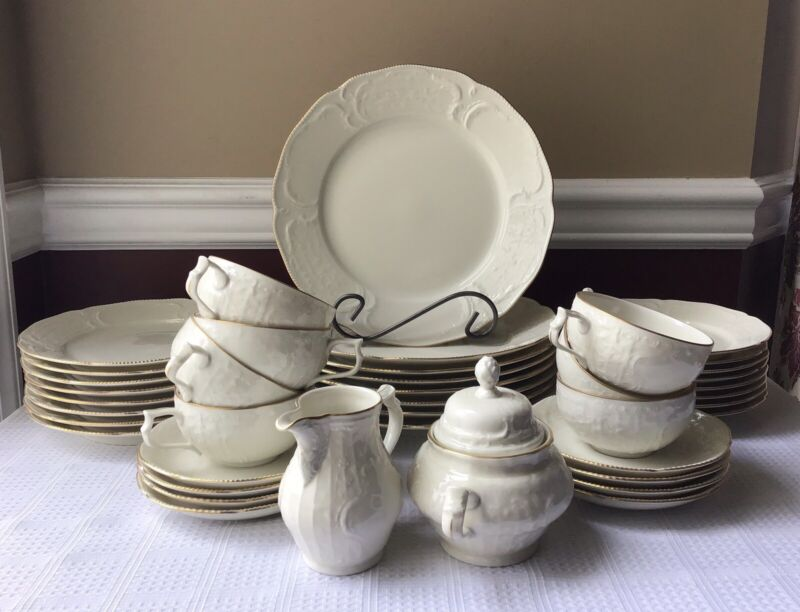 42-piece Vintage Classic Rosental Germany China Dinner & Tea Set, Service For 8