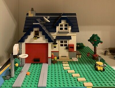 LEGO Creator Apple Tree House (5891) - Complete Set + Instruction Manual