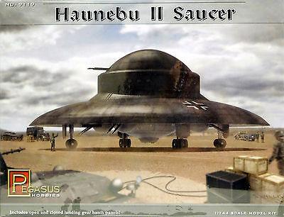 Pegasus 1/144 Haunebu II German Flying Saucer WWII PLASTIC MODEL KIT 9119