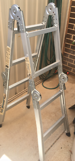 4 folded aluminum ladder