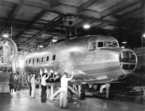 """Douglas DC-3 ((8.5""""x11"""")) Print"""