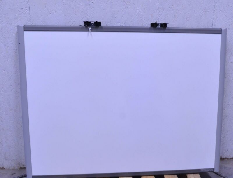 "SMART SB660 64"" SmartBoard Interactive White Board *No Tray*"