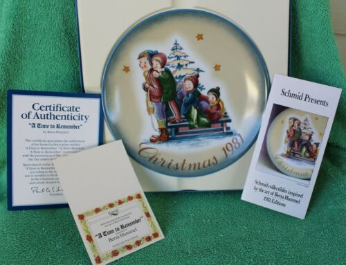 Schmid A Time to Remember Christmas 1981 Collector Plate by Berta Hummel Boxed
