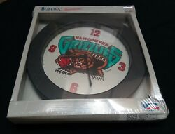 1994 Vancouver Grizzlies Bulova Sportstime Wall Clock New in package NBA defunct