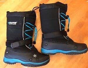 Baffin size 1 kid's  winter boots