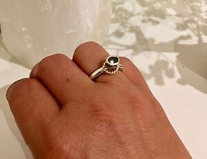 AS NEW GENUINE PANDORA TWO TONE BLACK ONYX SOLITAIRE RING - SIZE 54 St Albans Brimbank Area Preview