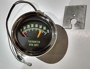 knee knocker tachometer 66 chevy chevelle malibu el camino 5600 redline tach