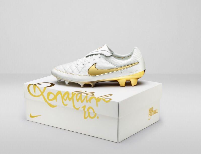 Nike Tiempo R9 - White/Gold