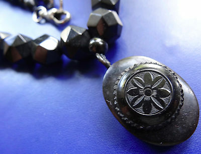 antique Victorian WHITBY JET facet carved bead flower pendant drop necklace D187