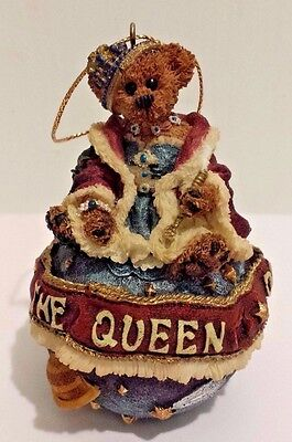 Boyds Bear Ornament Resin 1998 The Queen Of the Universe REGINA D FERRISDAVAL