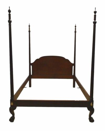 Baker Historic Charleston Queen Size Mahogany Four Poster Bed