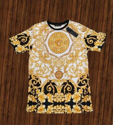 NEW WITH TAGS MEN'S VERSACE T-SHIRT YELLOW SIZE M