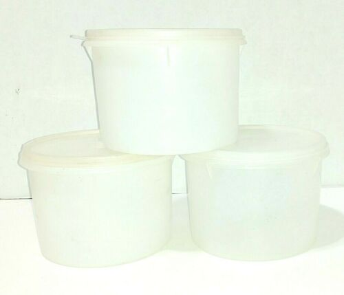 Tupperware Round Stacking Storage Canisters 3 #263 with seals GUC