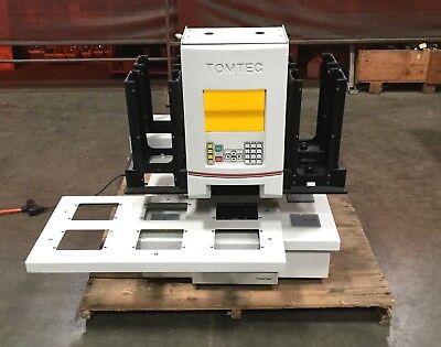 Tomtec Quadra 3 300-207 Series Liquid Handler Workstation Powers On