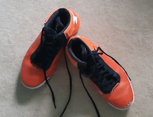 USED BASKETBALL SHOES - Under Armour UA Micro G Torch US Size 9