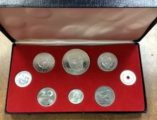 1966 Hungary 8 Coin Proof Set  has  3 Silver Coins only 2,000 Minted