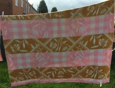 BEAUTIFUL VINTAGE MANTAS PADUNA BLANKET